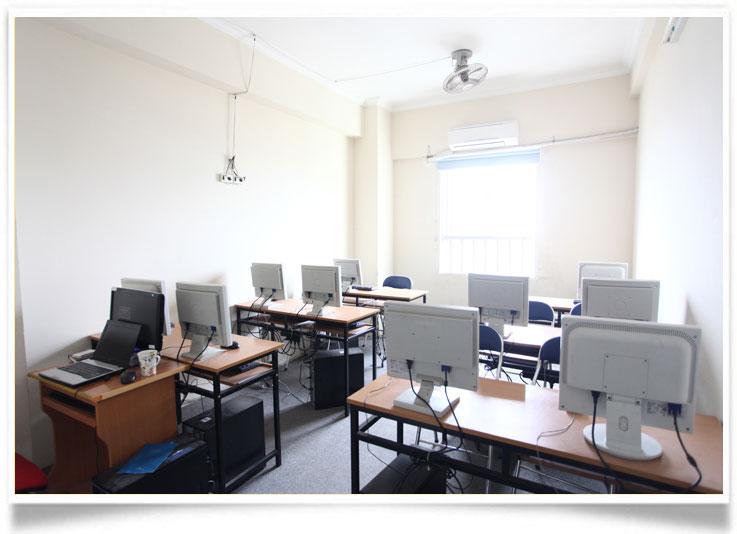 Phòng học hiện đại